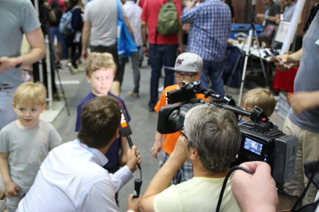 maker-faire-berlin-2017-030-n24-interviewt-kids
