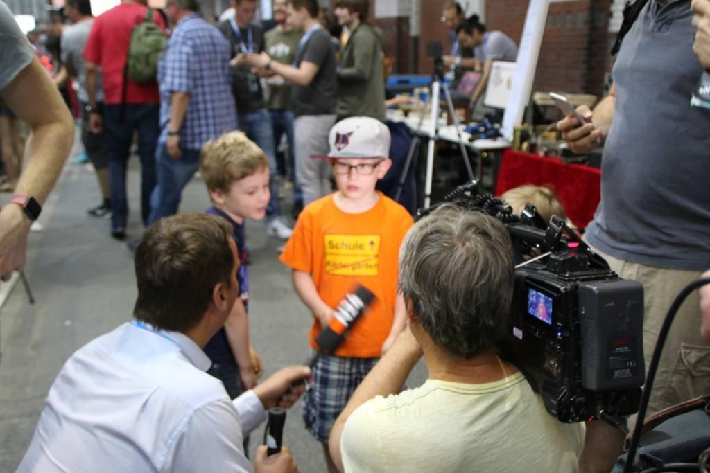 maker-faire-berlin-2017-031-n24-interviewt-kids