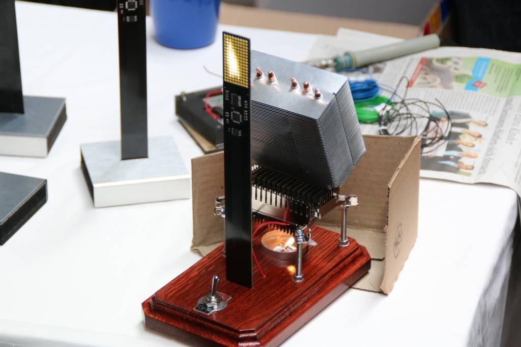 maker-faire-berlin-2017-065-led-flame