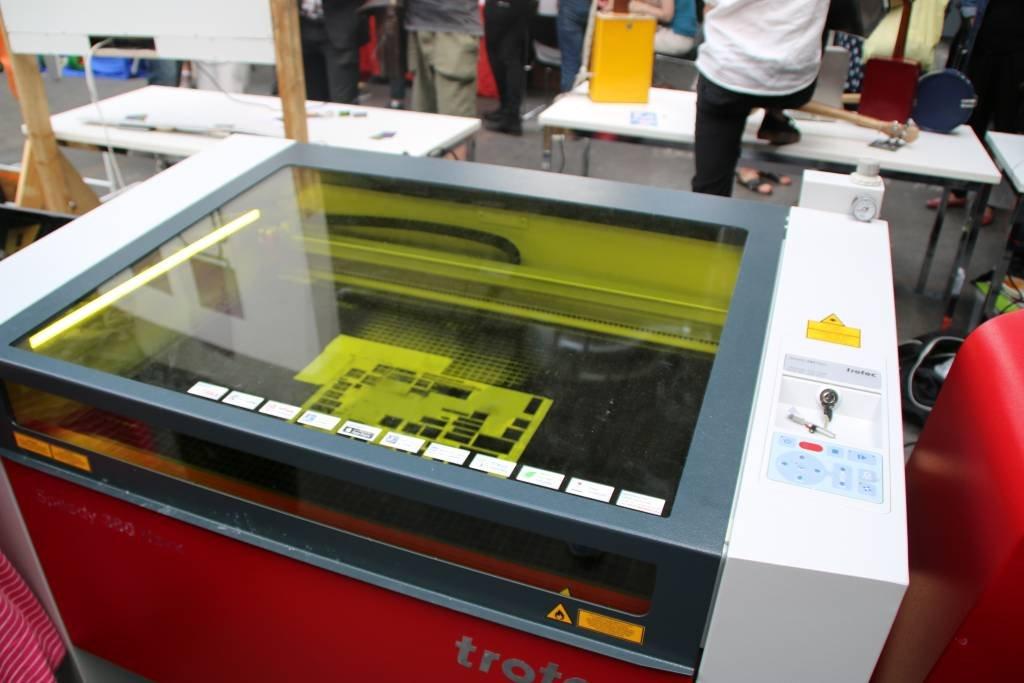 maker-faire-berlin-2017-153-lasercutter