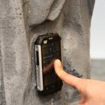 CAT B15 Smartphone unter Wasser - Kein Problem ist ja Wasserdicht!