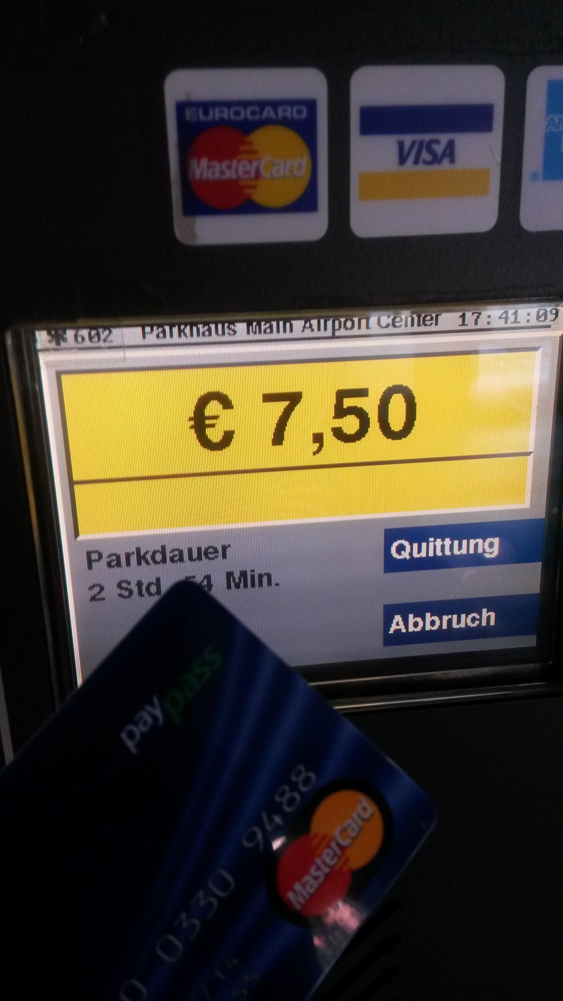 Parkhaus bezahlen mit Mastercard