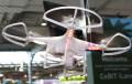 CeBIT 2014: DJI stellt fliegendes Auge Phantom II Vision und Profi-Hexakopter vor