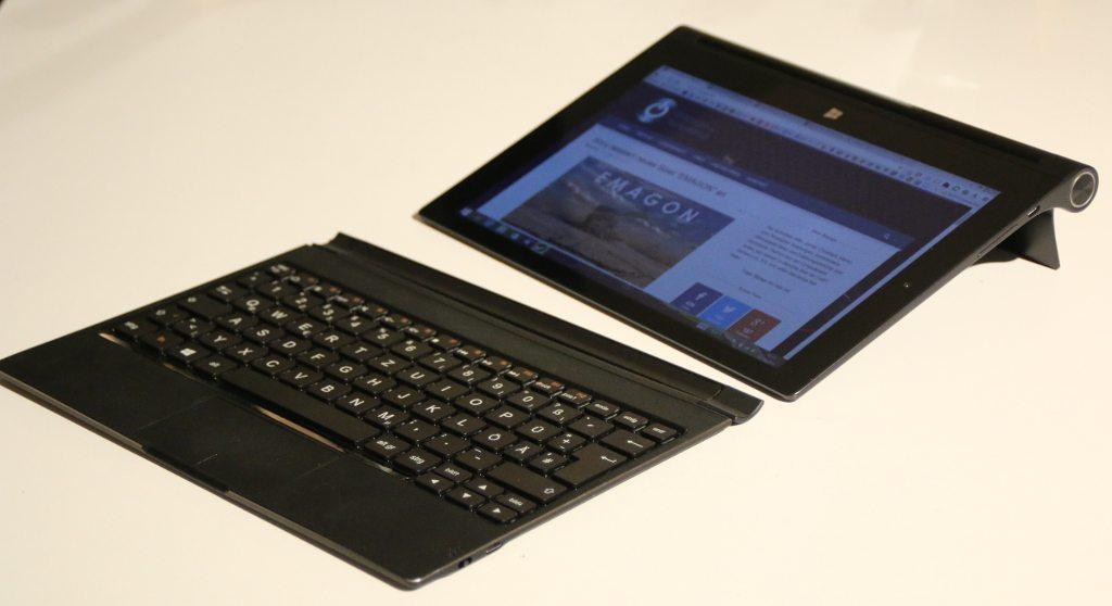 Lenovo-Yoga2-1051F-Seitenansicht-Tastatur