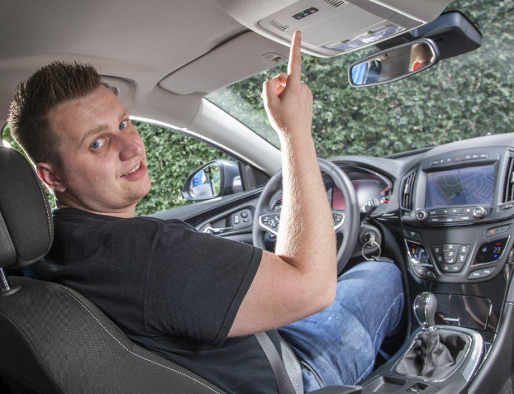 Opel OnStar in England ausprobiert