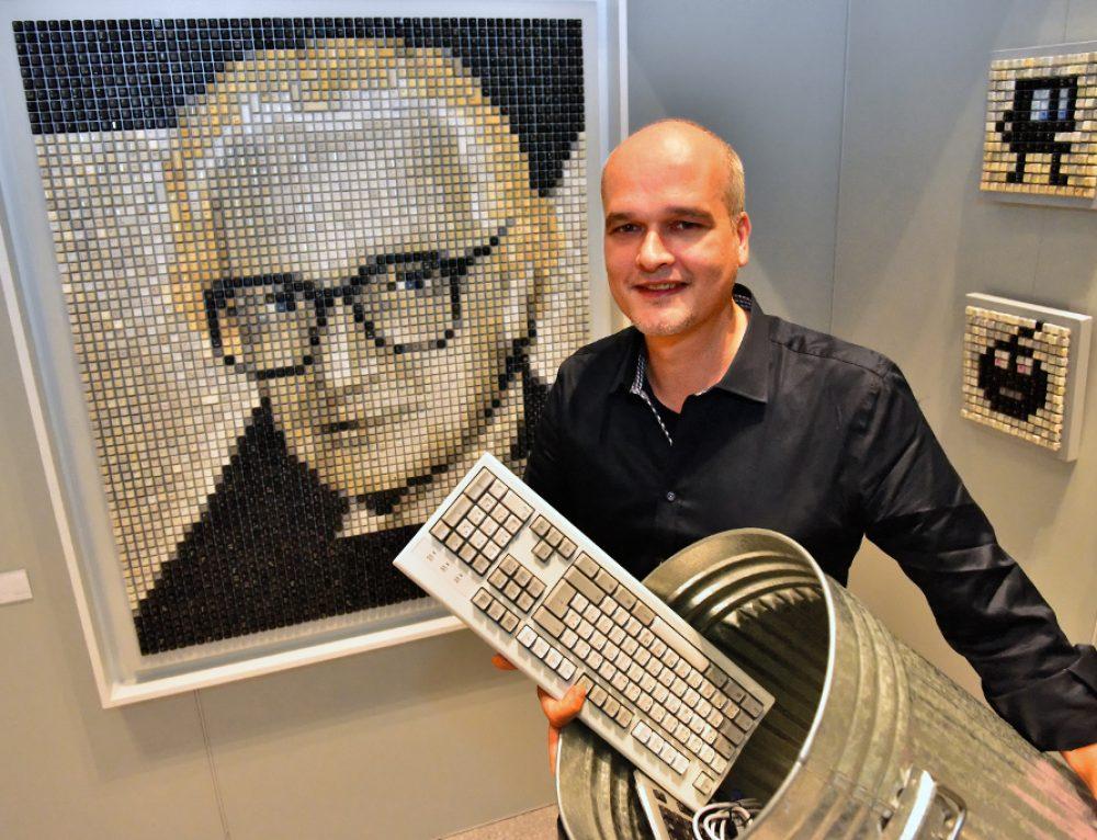 Recycling-Pixelkunst mit Tasten
