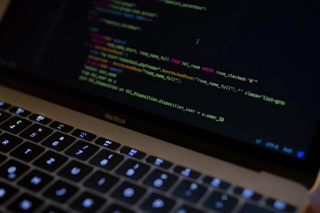 MySQL Datenbank über Konsole exportieren und importieren